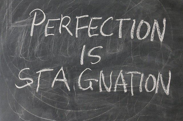 Excès, perfectionnisme et insatisfaction : témoignages